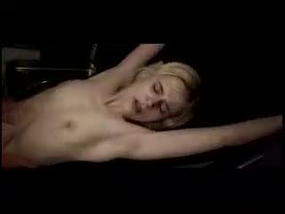 [强奸]清纯美少女居然被变态杀人狂强奸后 用各种残忍手法杀死