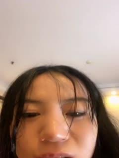 """最新火遍全网的超人气网红陈丝丝玩的好嗨啊 神似迪丽热巴 跪舔+喷水+爆菊+粉鲍""""好骚啊"""""""