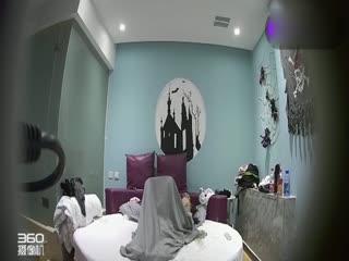 主题酒店偷拍四眼男和女友开房