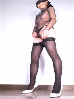 蜂腰细臀的风骚轻淑女舞蹈诱惑系列8 屁股像装了小马达一样抖的让人心动