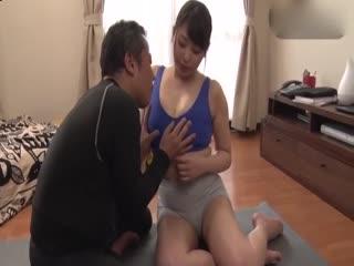欲求不满人妻勾引邻居[中文字幕]