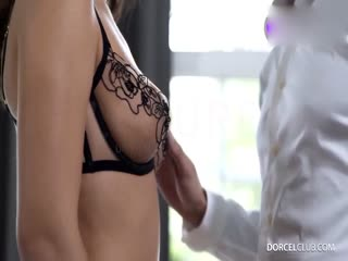 性感少女被多人lun奸,群P超刺激!