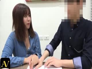 【国产原创中文】和老师偷尝禁果...