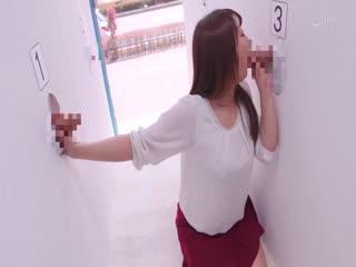 [中文字幕]RCTDCN マジックミラー壁チ○ポ号3 シコってしゃぶって!新妻なら夫チン当ててみてゲーム