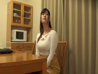 CLUB-584 完全盗撮 同じアパートに住む美人妻2人と仲良くなって部屋に連れ込んでめちゃくちゃセックスした件。其の36