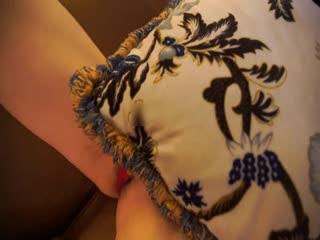 [极品网红]推女郎靓模李丽莎最新大尺度私房魅惑 酥胸半露 性感美臀 挑逗跪舔 极致呻吟 高清720P完整版