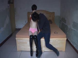 北京文艺小青年冒充导演简陋出租屋套路采访坐台小姐自拍小电影看对白我忍不住笑喷了
