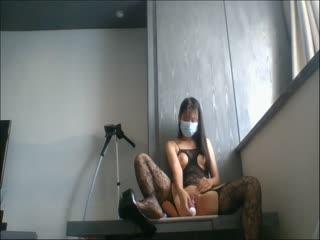 合肥性感连体大开裆黑丝无毛逼小S女道具双洞开发然后真J8开插 高跟鞋黑丝袜标准的欲女套装啊
