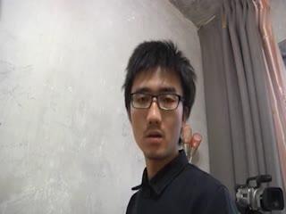 【无码】旅馆拍性爱片、文青导演自己上戏干